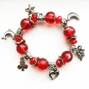 Vintage red bead & silver charm stretch bracelet